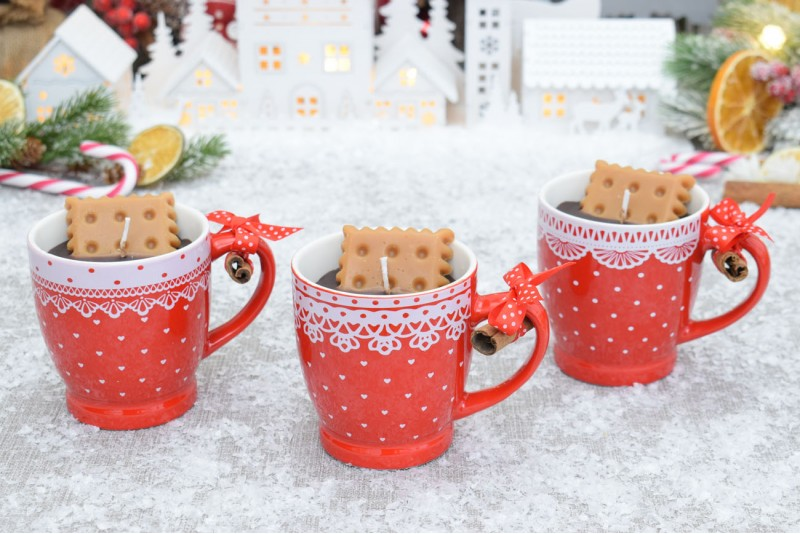 Lumanare Cana de Cafea cu Biscuit